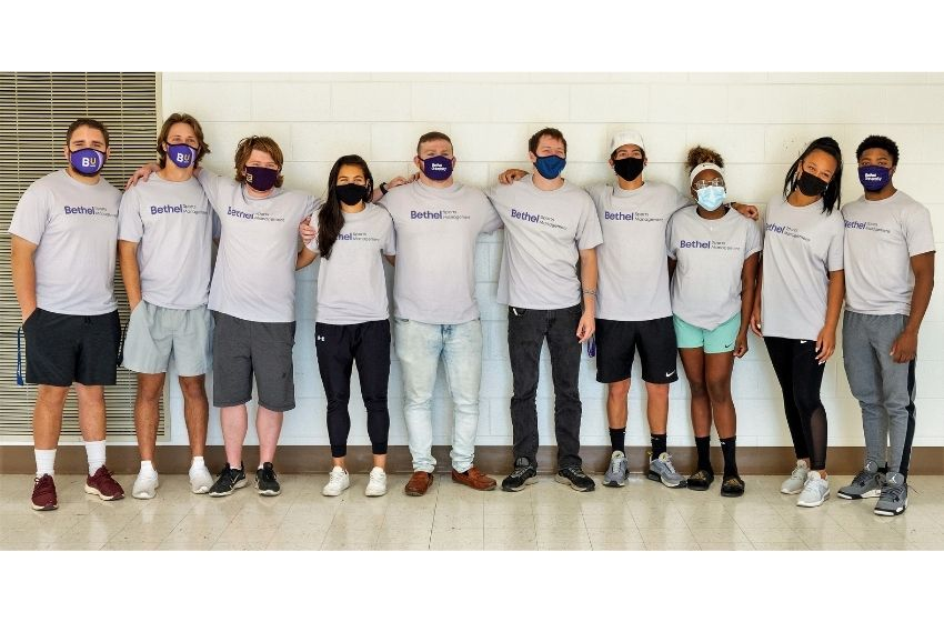 Bethel University sports management students volunteer at NFL Draft