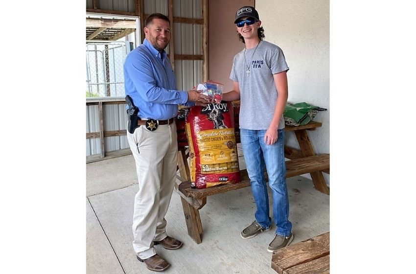 Paris FFA chapter makes donation to Henry County Sheriff's Office