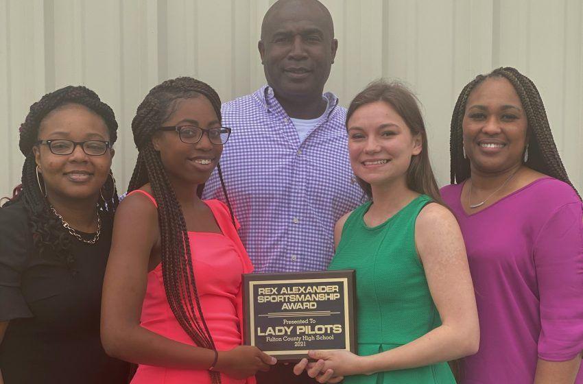 Fulton County Girl's Basketball Team Wins Third Sportsmanship Award