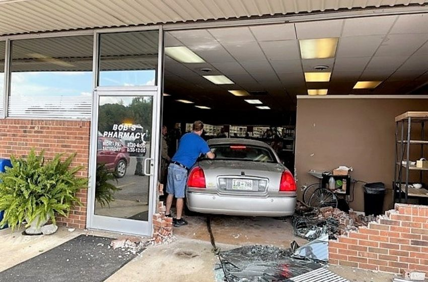 Two injured when car drives into Dresden pharmacy